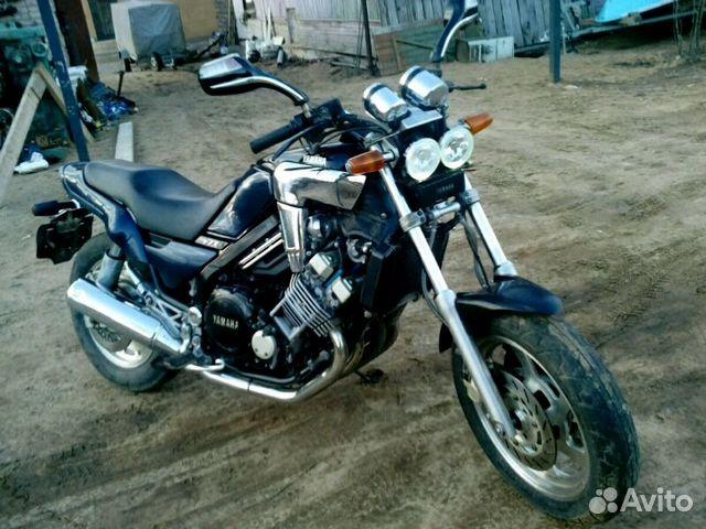 6838 км мотоцикл yamaha fzx750-2 выполнен в популярном стиле v-max