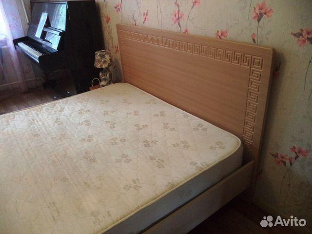 Двуспальную кровать бу