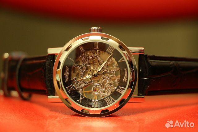 Купить часы открытым механизмом