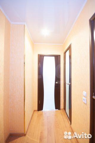 Продается двухкомнатная квартира за 2 460 000 рублей. Ульяновск, Кузоватовская улица, 40Б, подъезд 4.
