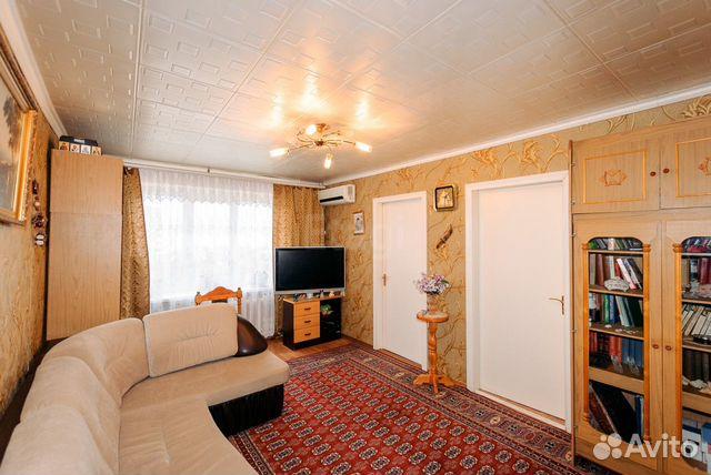Продается четырехкомнатная квартира за 2 150 000 рублей. г Саратов, проезд 1-й Строителей, д 12.