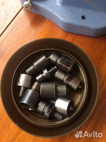 Кнопочный аппарат для реставрация одежды. (тер 2)