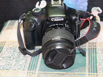 Зеркальный фотоаппарат canon 1100D в отл сост