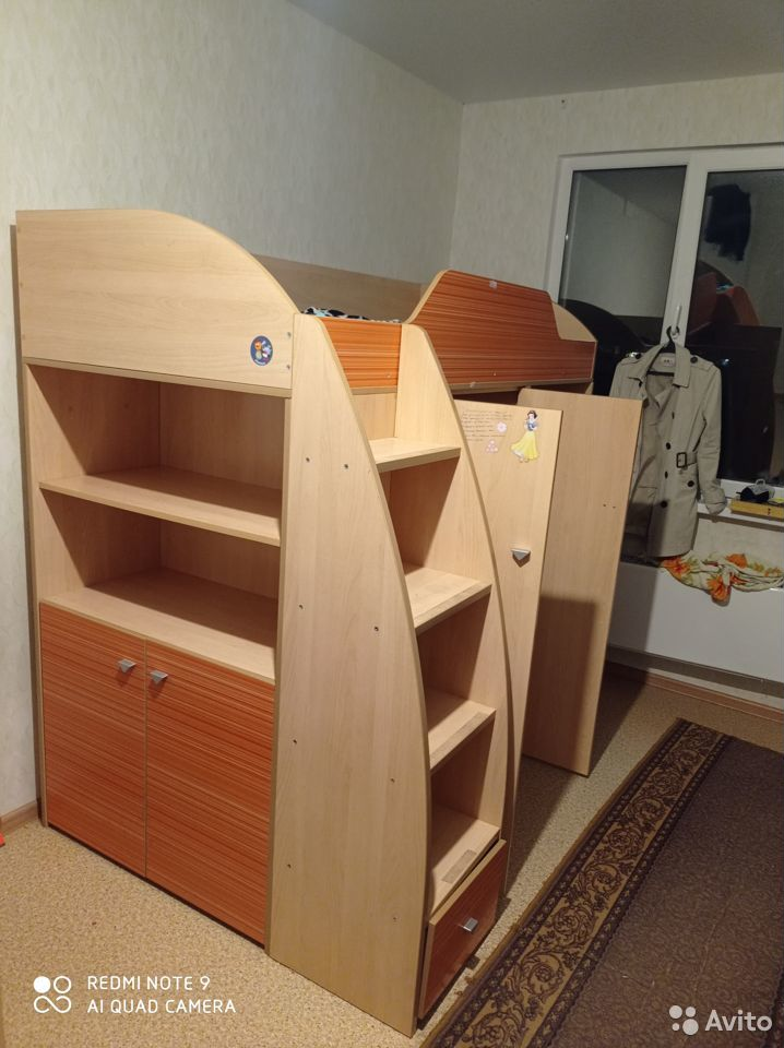 Кровать с полками, шкафом и будуаром
