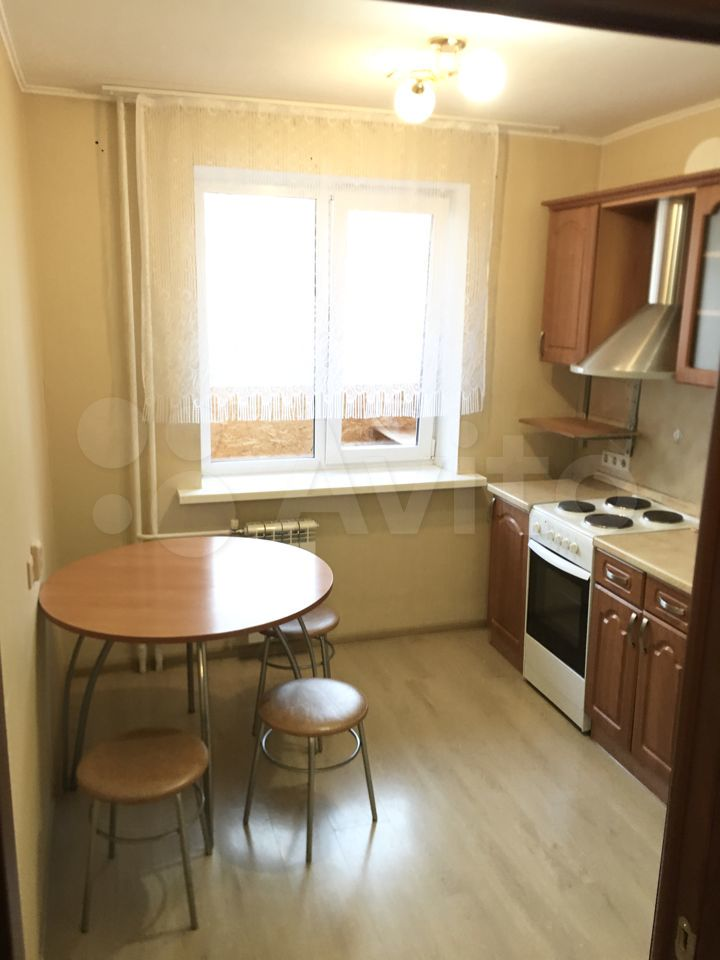 1-к квартира, 35 м², 4/10 эт.  89827469093 купить 4